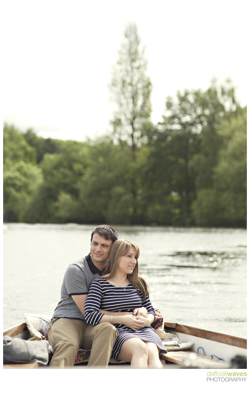 Rowing Boat Engagement Shoot Diana &amp; Omar